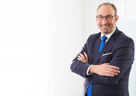 Michael Thomann, Geschäftsführer der Thomann Personalberatung, stellt unsere Stellenangebote vor.